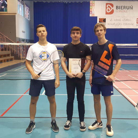 Drużyna badmintona w finale wojewódzkim